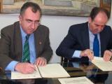 La Consejería de Presidencia y Cajamurcia-BMN renuevan el convenio para fomentar la movilidad juvenil con el Carné Joven